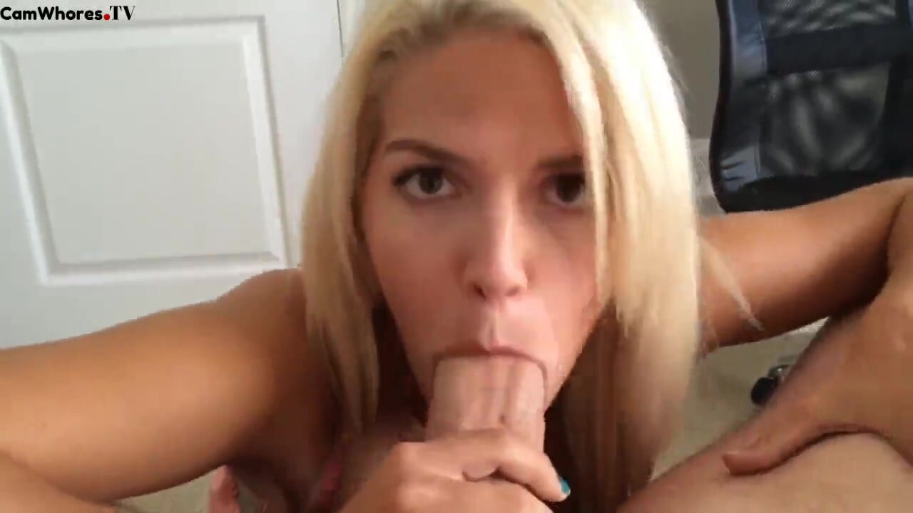 Sexy Ass Latina Blowjob